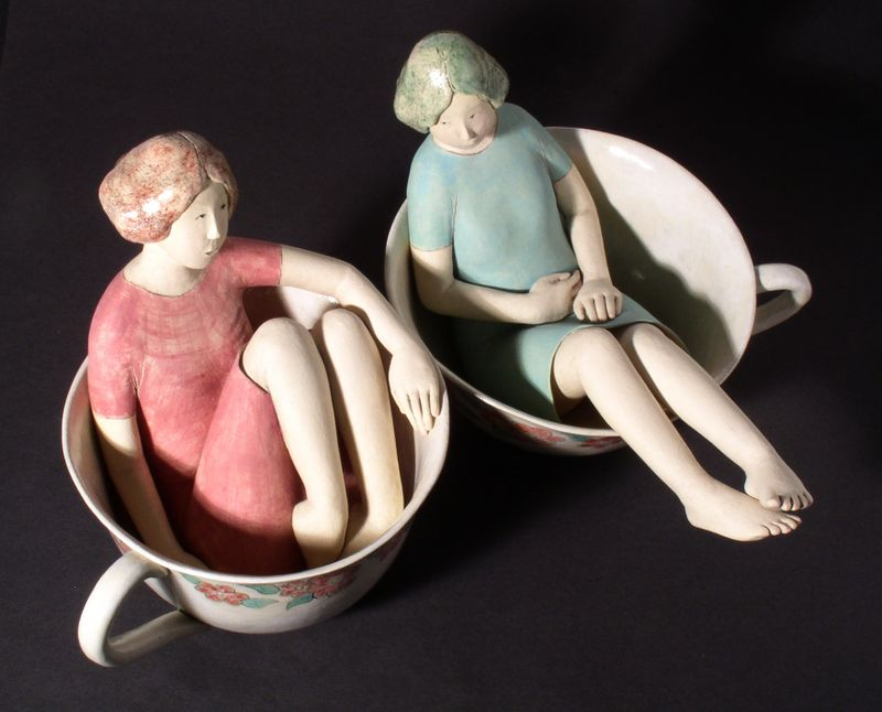 Tea and chat (2005, approx. 22 cm high)
